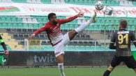Gol Kralığı Yarışı Tahtta Boupendza Var