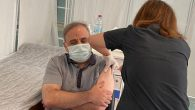 Başhekim kovid aşısı oldu
