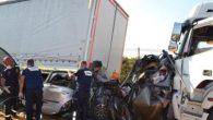 Manisa'da 3 kişinin öldüğü TIR kazası